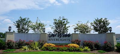 Del Webb at RiverLights Amenities