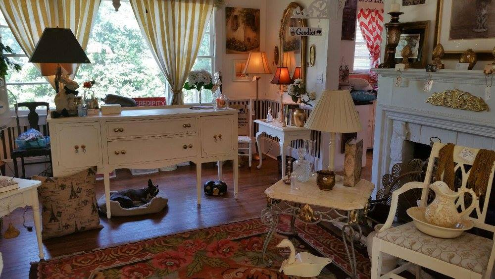 Debruhl's - Shabby Chic Furniture