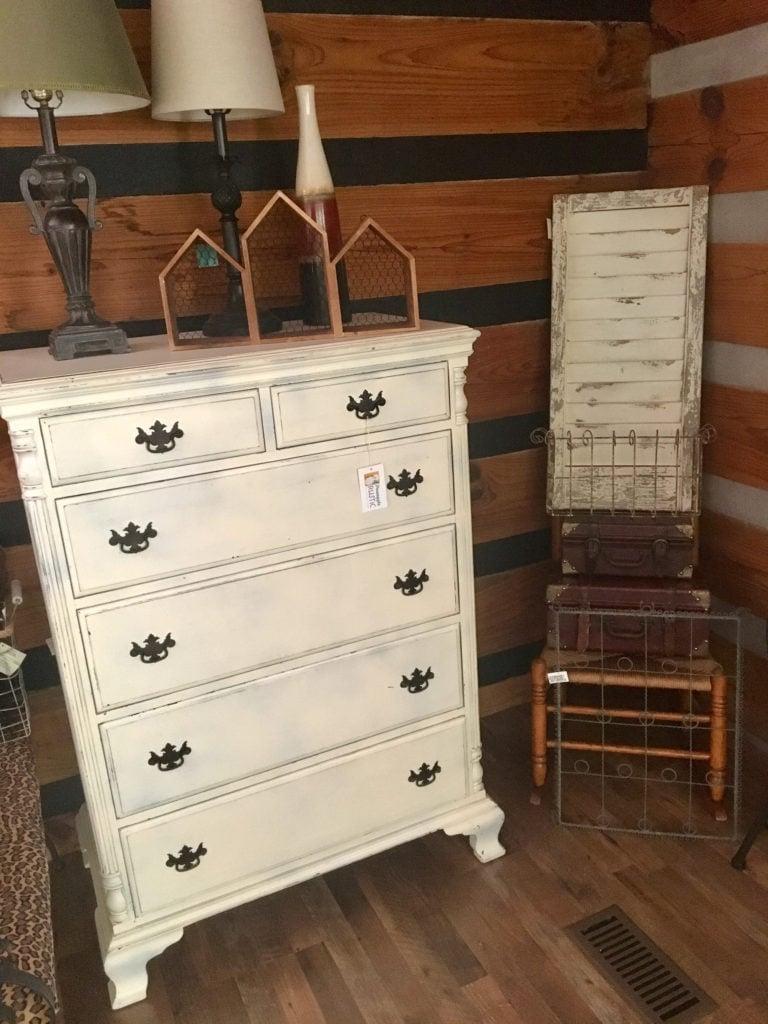 Pineapple Rustic - Shabby Chic Dresser