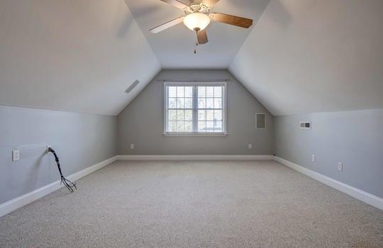 Bedroom 4/F.R.O.G.
