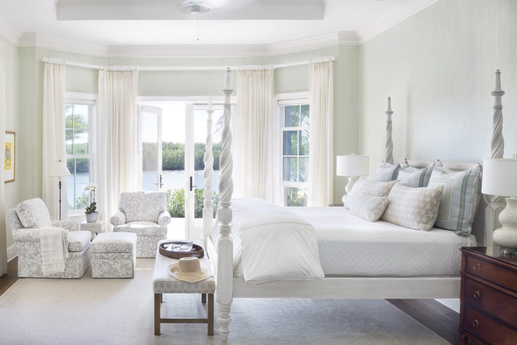 Dering Hall - Jill Shevlin Design - White Four-Poster Bed