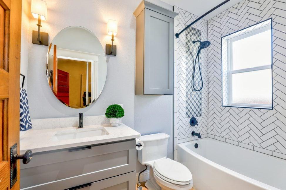 Bathroom by Christa Glover via Pexels