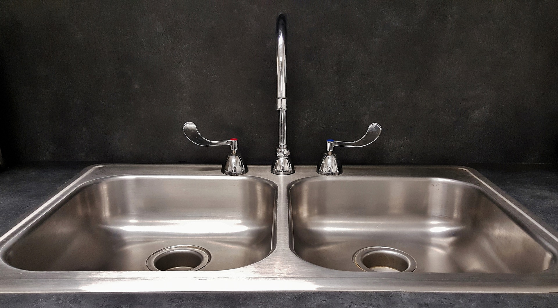 Sink Basin by Brett Hondow via Pixabay