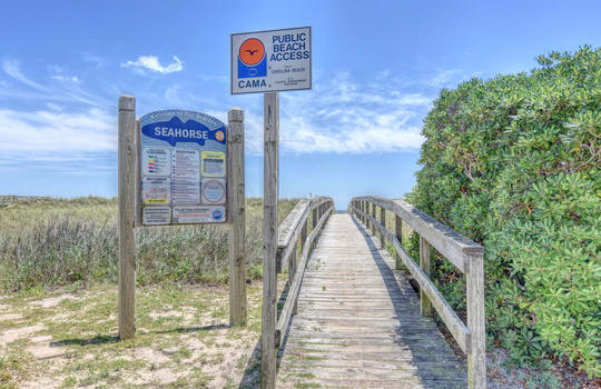 Public Beach Access at Carolina Beach