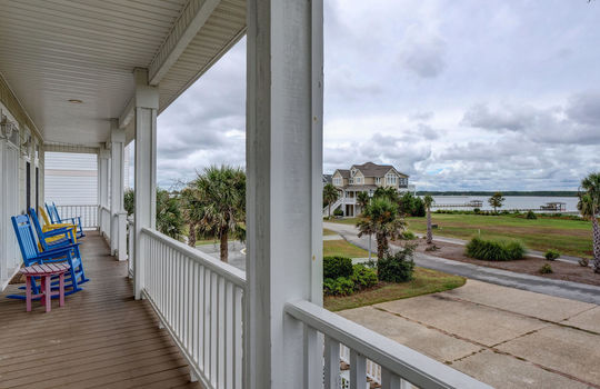 4 Sailview Dr North Topsail-large-010-012-Front Porch-1497×1000-72dpi