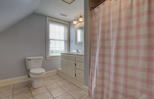 Third Guest Full Bathroom
