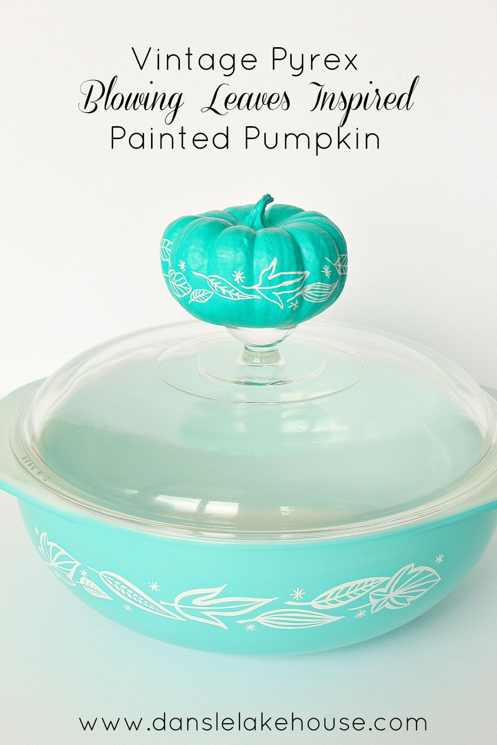 Vintage Pyrex Blowing Leaves Painted Pumpkin - Dans le Lakehouse