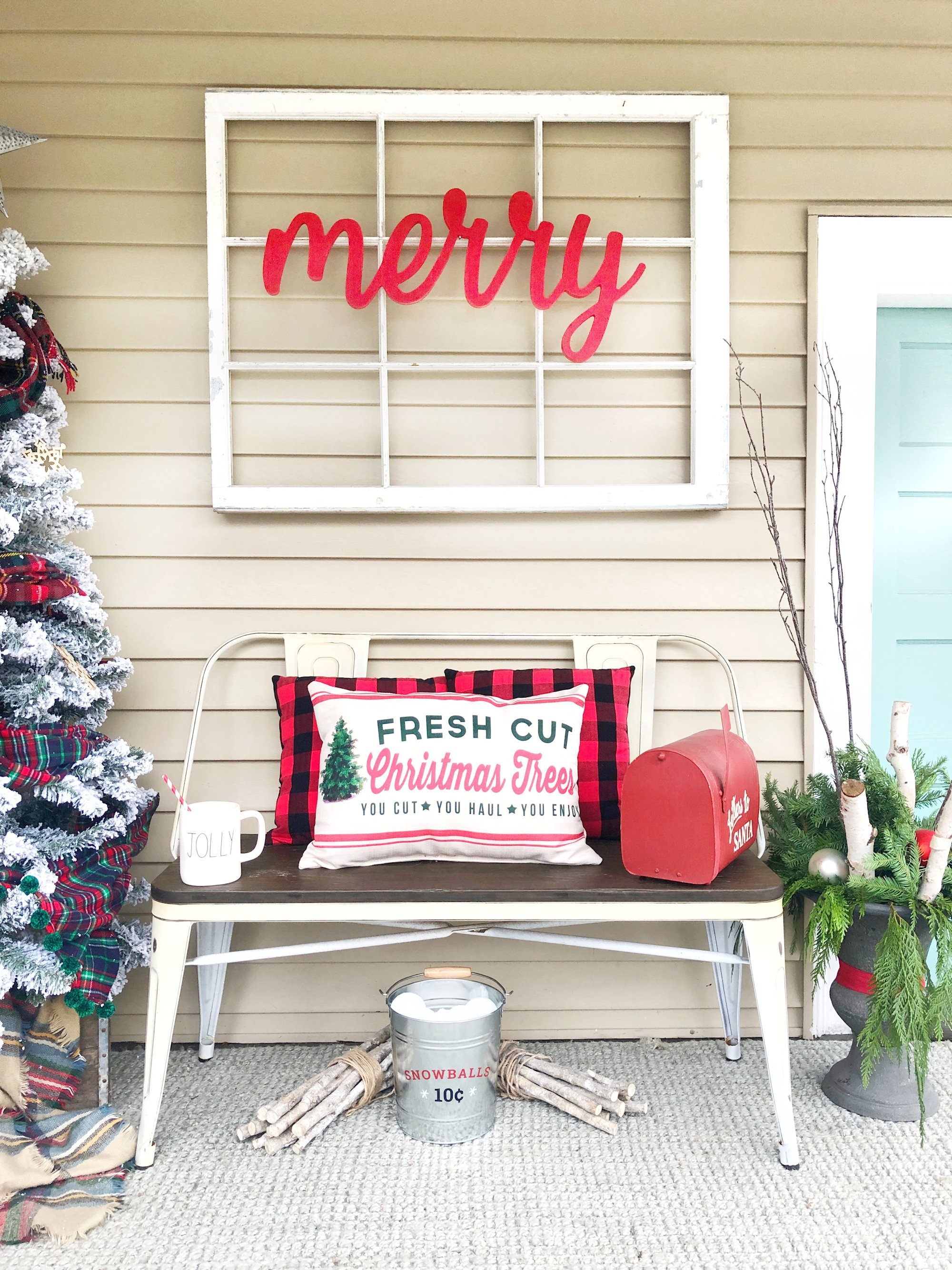 Farmer's Christmas Porch - Jordecor