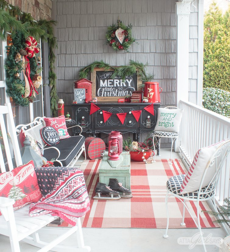 Vintage Christmas Front Porch - Atta Girl Says