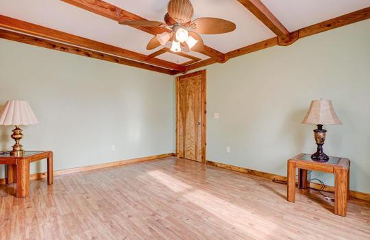 317 Kemper Rd Hampstead NC-large-017-021-Master Bedroom-1497×1000-72dpi