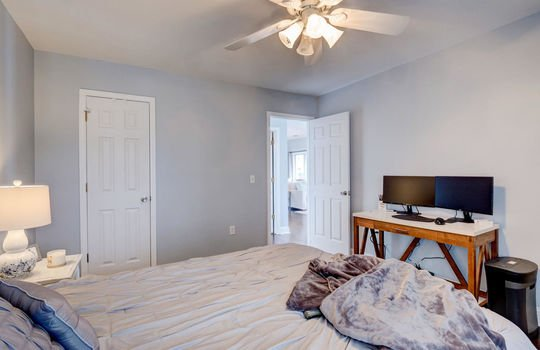 4152 Breezewood Dr, Unit 204, Wilmington, NC 28412