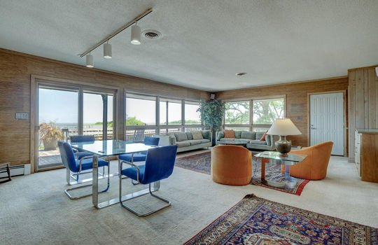 5550 Peden Point Rd Wilmington-large-010-014-Great Room-1497×1000-72dpi