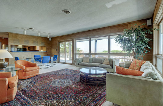 5550 Peden Point Rd Wilmington-large-014-026-Great Room-1497×1000-72dpi