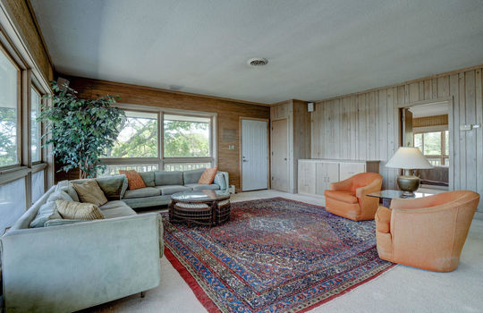 5550 Peden Point Rd Wilmington-large-015-018-Great Room-1498×1000-72dpi