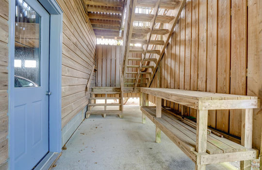 5550 Peden Point Rd Wilmington-large-042-045-Covered PatioStairwell-1497×1000-72dpi