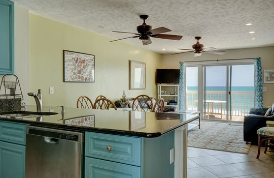 1100 Fort Fisher Blvd N 1403-large-011-027-Kitchen to Living Room-1497×1000-72dpi