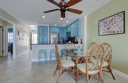 1100 Fort Fisher Blvd N 1403-large-014-017-Dining Room-1497×1000-72dpi