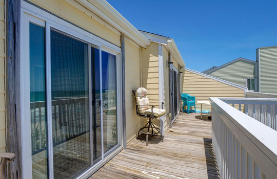 1100 Fort Fisher Blvd N 1403-large-027-024-Deck-1497×1000-72dpi