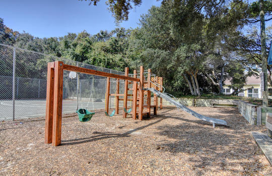 1100 Fort Fisher Blvd N 1403-large-038-053-Community Playground-1500×1000-72dpi