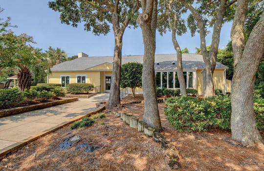 1100 Fort Fisher Blvd N 1403-large-046-040-Community Clubhouse-1498×1000-72dpi