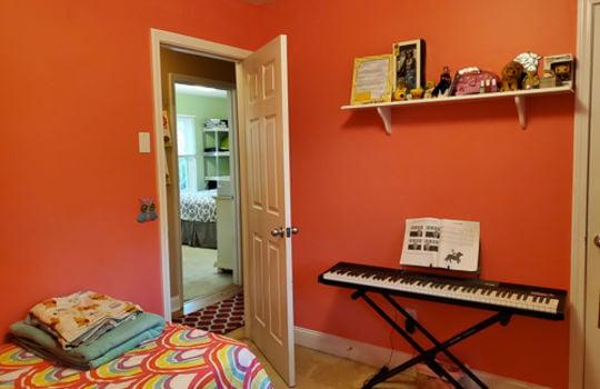 5207 Fitzgerald Dr-Bedroom 3-3