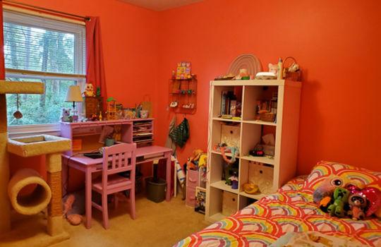 5207 Fitzgerald Dr-Bedroom 3