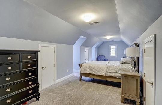 620 Majestic Oaks Dr, Hampstead, NC 28443