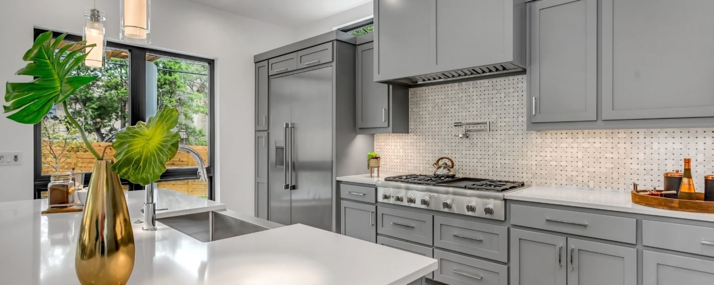 Choosing Hardware for Your Kitchen - Modern, Traditional, and Farmhouse