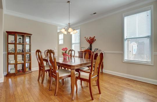 3729 Willowick Park Dr-large-004-002-Dining Room-1497×1000-72dpi