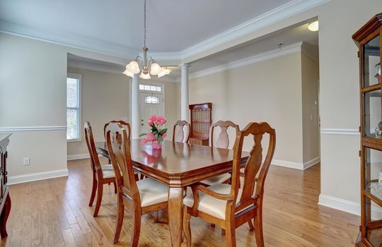 3729 Willowick Park Dr-large-005-006-Dining Room-1497×1000-72dpi