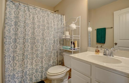 3729 Willowick Park Dr-large-028-020-Third Full Bathroom-1497×1000-72dpi