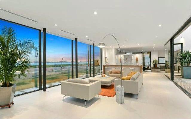 luxury homes in Long Beach