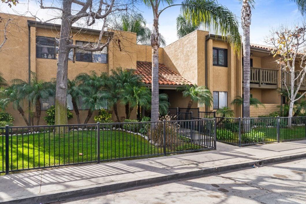 1506 E. 4th Street #209, Long Beach CA 90802