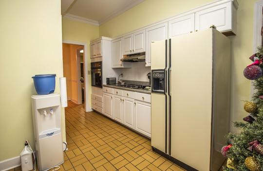 WEB_downstairs kitchen_1
