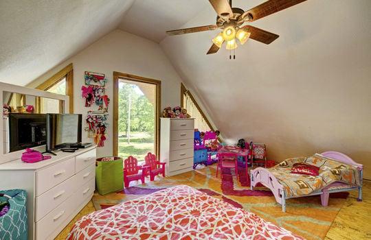 WEB_LQ_Cabin1_Bedroom2_3