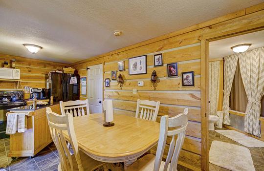 WEB_LQ_Cabin2_Dinning2