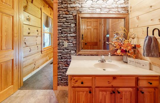 3208-Cristobal-Way-Bathroom
