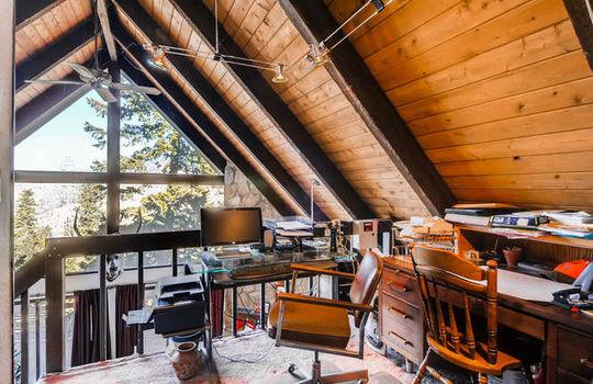 565-elk-valley-drive-evergreen-small-017-13-2nd-floor-loft-666×443-72dpi