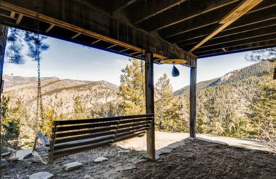 565-elk-valley-drive-evergreen-small-025-17-patio-666×443-72dpi