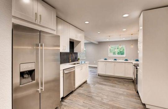 1481 E 95th Ave Thornton CO-large-003-4-Kitchen-1498×1000-72dpi