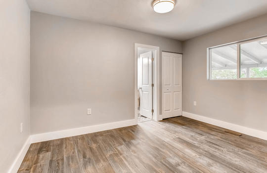 1481 E 95th Ave Thornton CO-large-006-9-Master Bedroom-1500×1000-72dpi