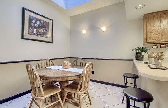 03_Dining_Room_IMG_7338