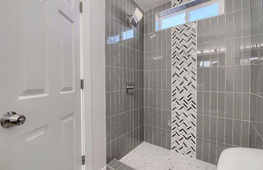 05_Master_Bathroom_IMG_1459