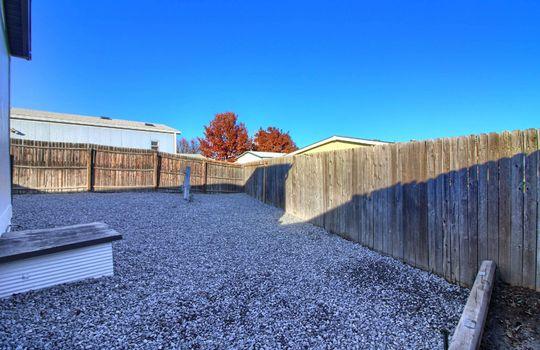 15_Backyard_IMG_1484