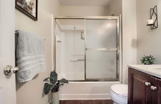 05_Master_Bathroom_IMG_5899