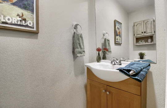 07_Bathroom_IMG_6059