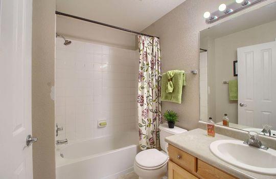 05_Master_Bathroom_IMG_5033