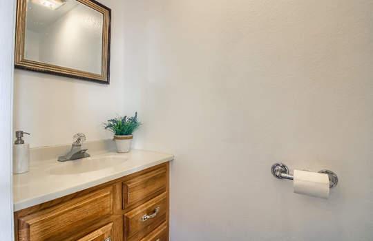 07_Bathroom_IMG_0188