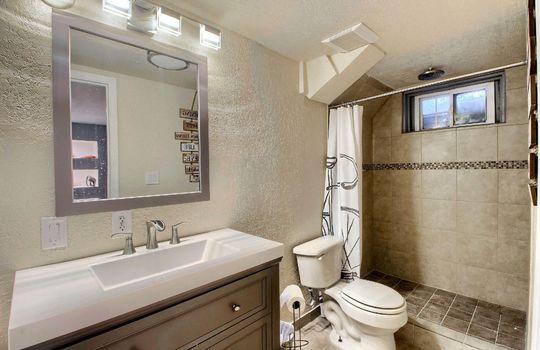 05_Master_Bathroom__MG_8978