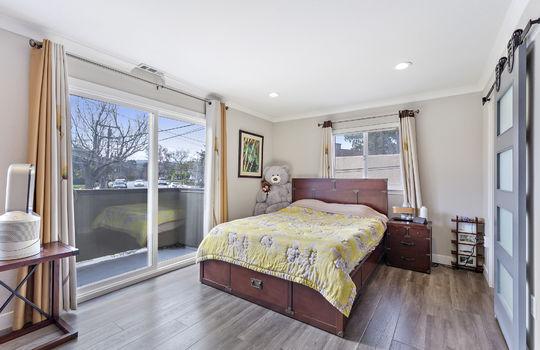 852_floor4_master-bedroom-6